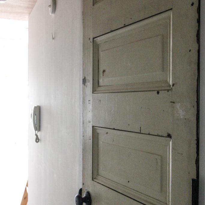 アンティークのドア